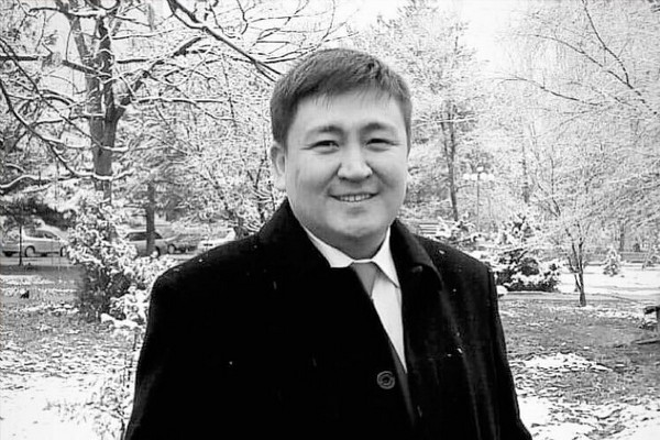 Элмирбек Иманалиевдин өмүр баяны 7