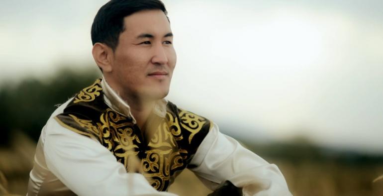 Акбар Сүйүнбаев — Бүгүн туулган күнүңүз, апа
