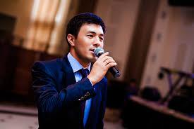 Чыңгыз Мырзаев — Аке-үкө